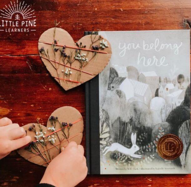 сердечки из картона на 8 марта для мамы